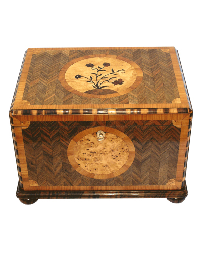 Beautiful custom cigar box